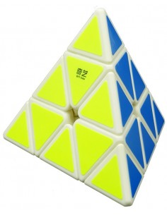 Qiyi Pyraminx Blanca